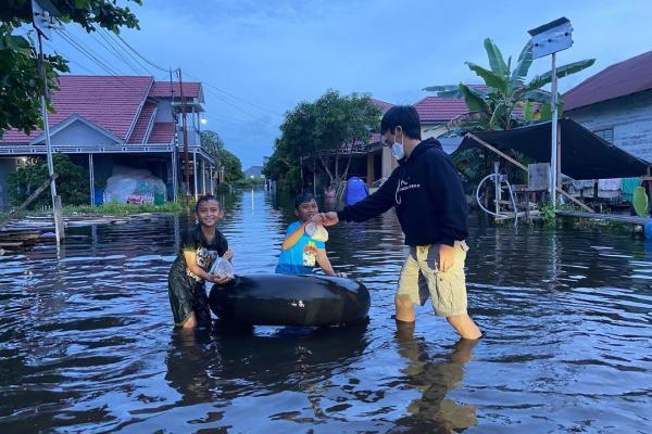 Gambar Bersimpati atas Terjadinya Bencana Banjir Banjarmasin dan Gempa Majene, ini yang dilakukan Artis dan Publik Figur